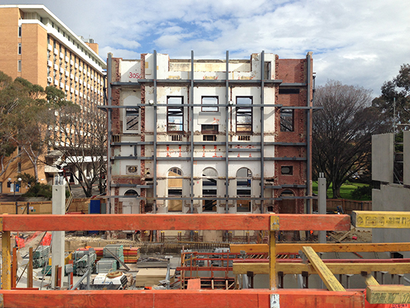 Construction photo 130828